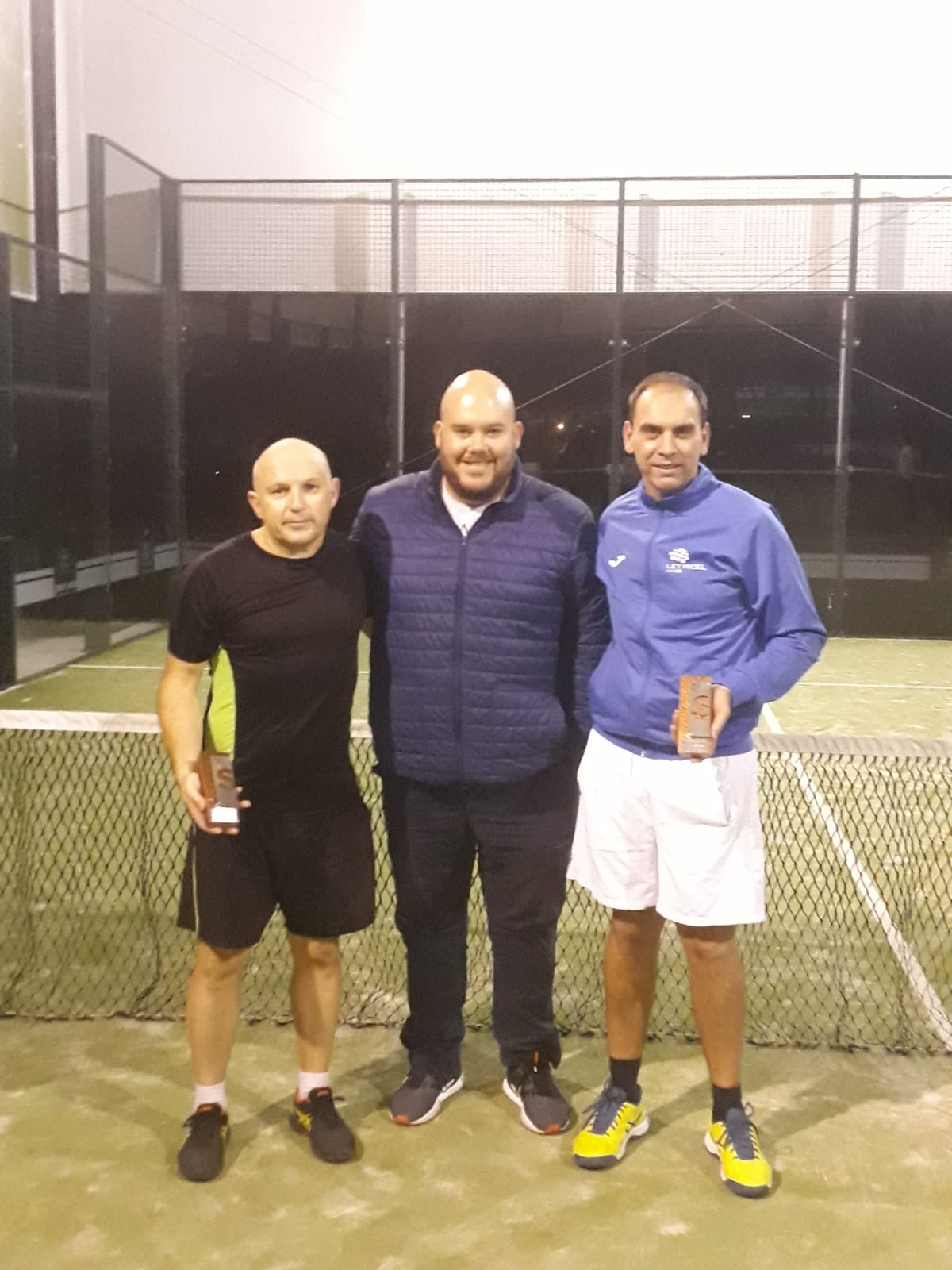 oriol-yunyent-e-jose-esparis-ganadores-do-i-torneo-de-padel